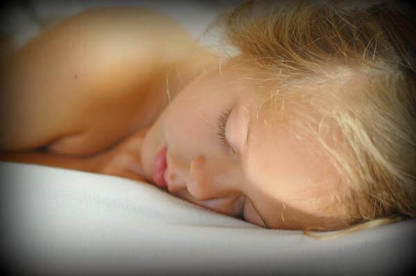 ハトムギ保湿ジェルを「寝ている間にパックで使用できる